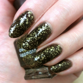 Deborah Lippmann Cleopatra in New York Swatch & Review