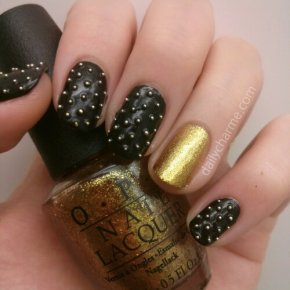 Punk Style Studs with Gold Glitter Accent Nail