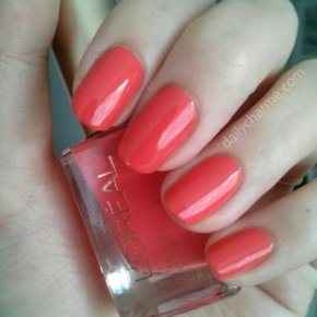 L'Oreal Colour Riche Nail Color – Tangerine Crush Swatch