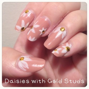 Round Studs Nail Designs: Gold &HOLO!