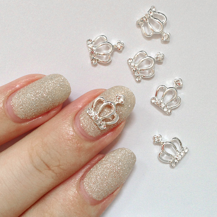 Nail Charms: Seashells & Diamonds & Many More! | daily charme