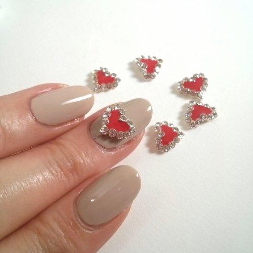 red heart nail charm decor