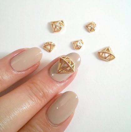 3d nail charm diamond